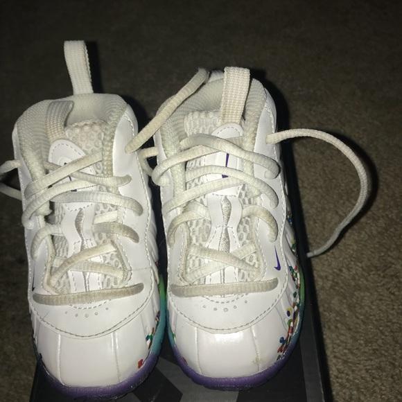size 40 7f3d3 91cd8 Toddlers Nike fruity pebble foams. M 5b178b8a035cf18ba2c1b1f8